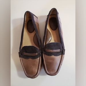 Frye Two Tone Leather and Suede Slip-OnSize 8M